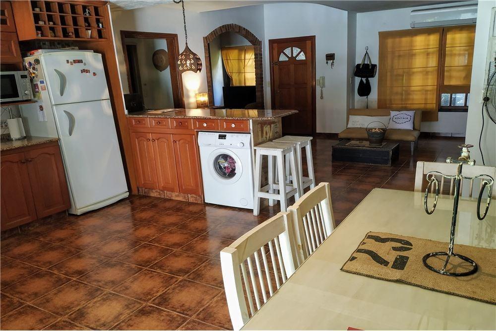venta casa 4 ambiente villa bosch,b° murialdo