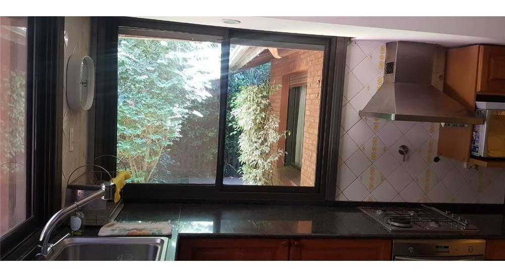 venta casa 4 ambientes amplio jardín highland park