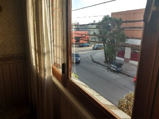 venta casa 4 ambientes balcón patio quincho garage