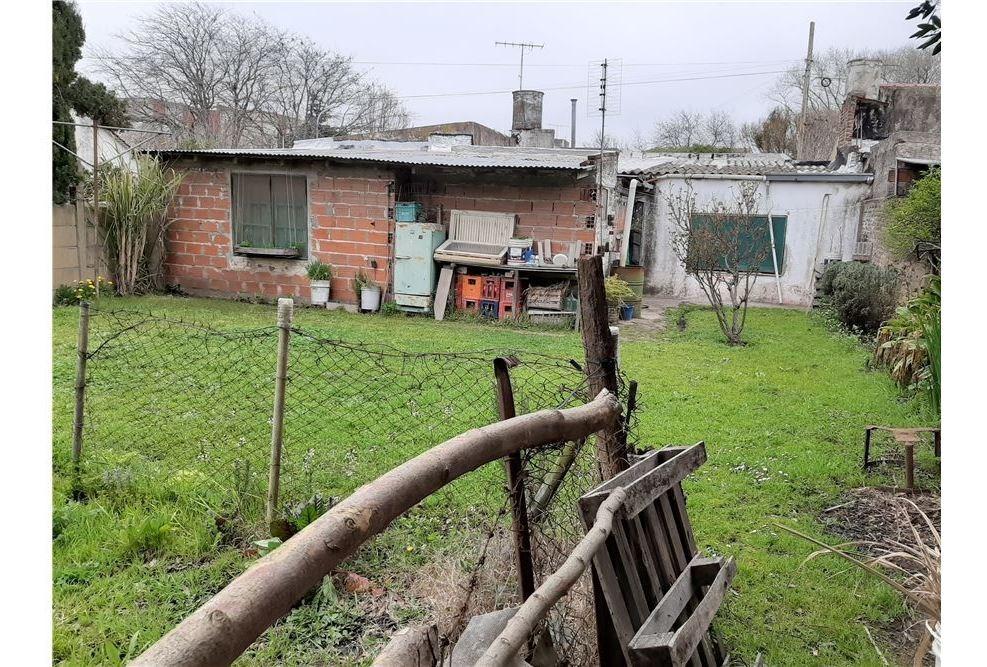 venta casa 4 ambientes barrio lopez de gomara