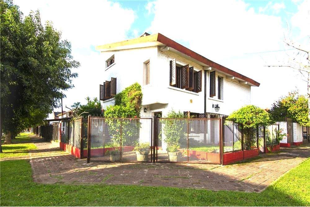 venta casa 4 ambientes burzaco