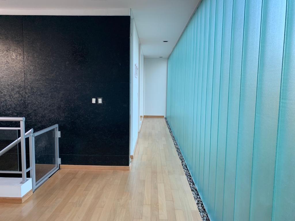 venta casa 4 ambientes con 3 baños. el centauro. canning. ezeiza