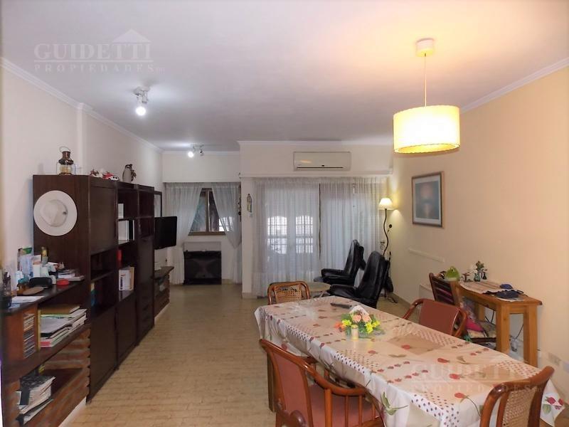 venta casa 4 ambientes con jardín, quincho, jacuzzi y cochera - nuñez