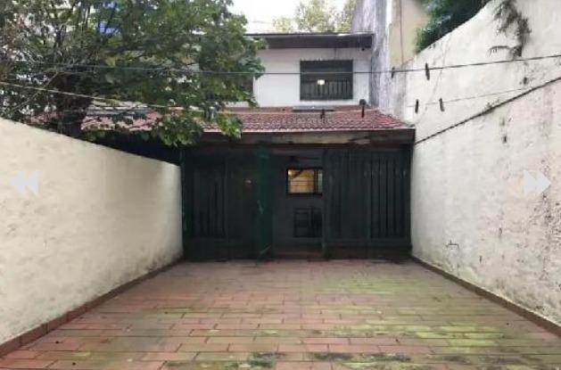 venta casa 4 ambientes con patio villa luro
