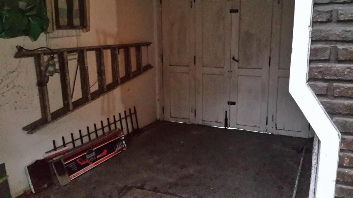 venta casa 4 ambientes en vicente lopez