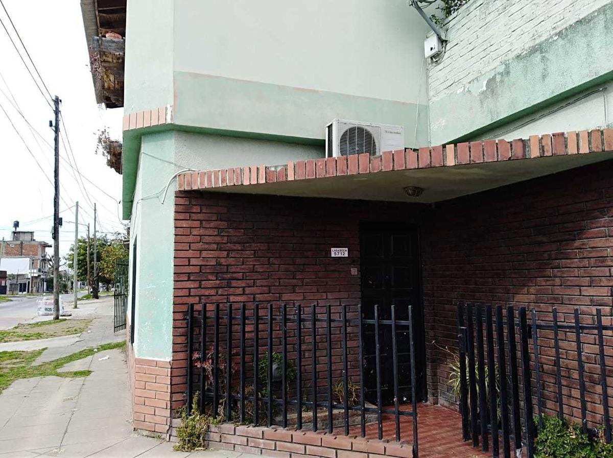 venta casa 4 ambientes , isidro casanova