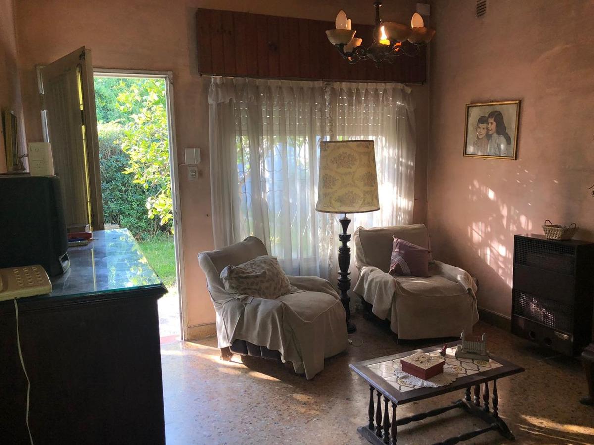 venta casa 4 ambientes llavallol