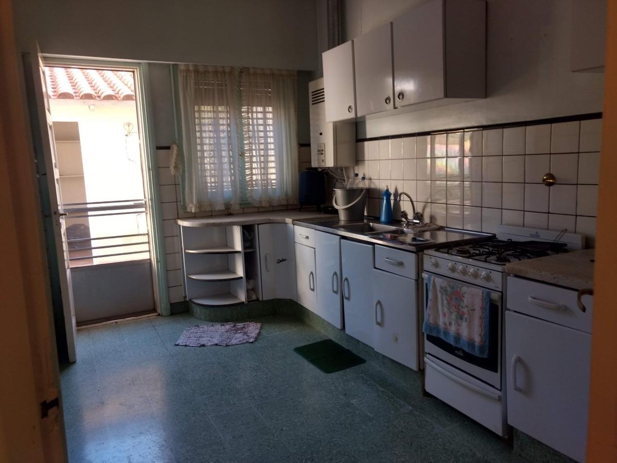 venta casa 4 ambientes villa dominico avellaneda
