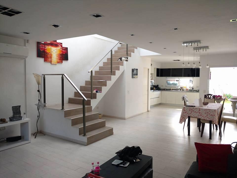 venta casa 4 ambientes villa luzuriaga