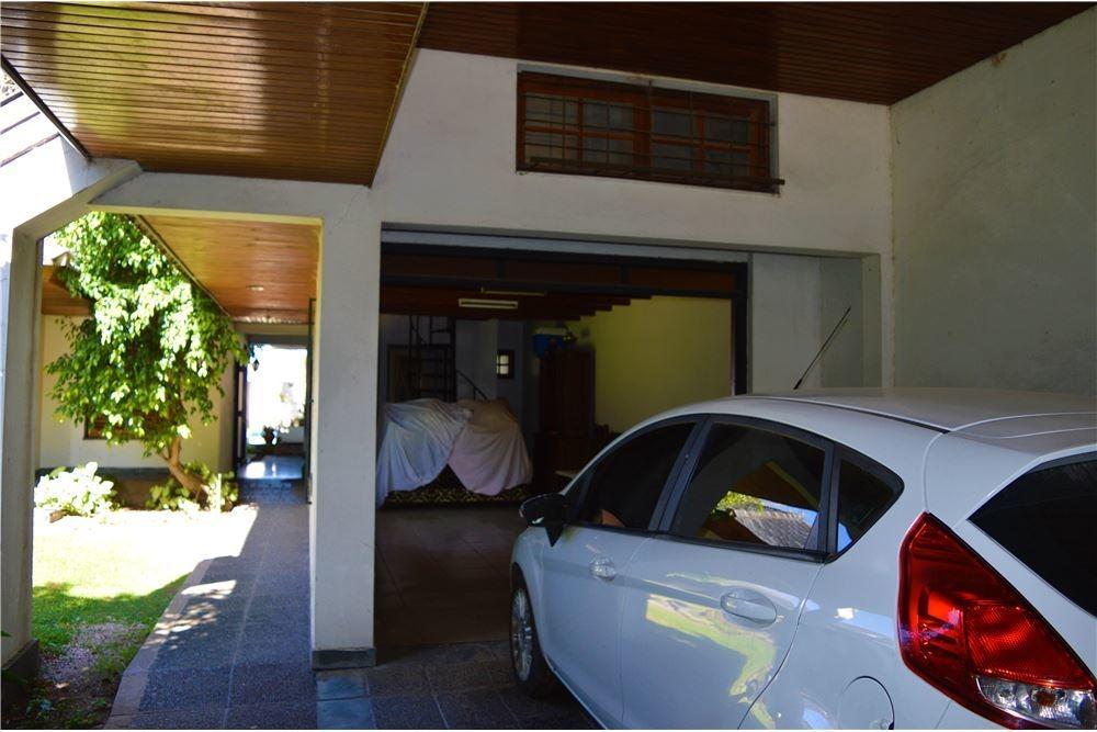 venta casa 4 dorm - excelente estado - pileta