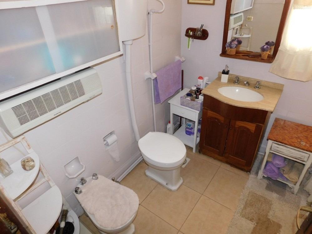 venta casa 4 dormitorios la comercial montevideo