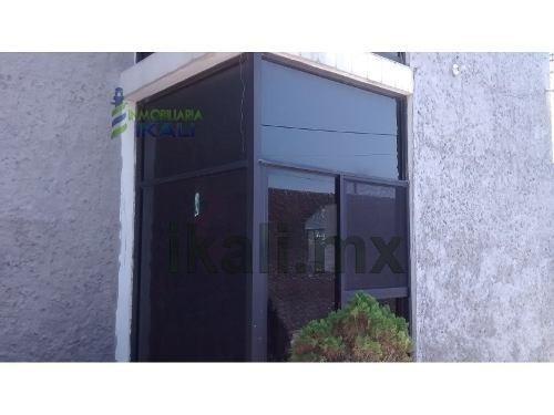 venta casa 4 recamaras 1,512 m² terreno tuxpan veracruz . se vende casa en tuxpan ver ubicada en el km 8 de la carretera a la barra, cerca de la playa, espaciosa casa de 2 pisos sus medidas de constr