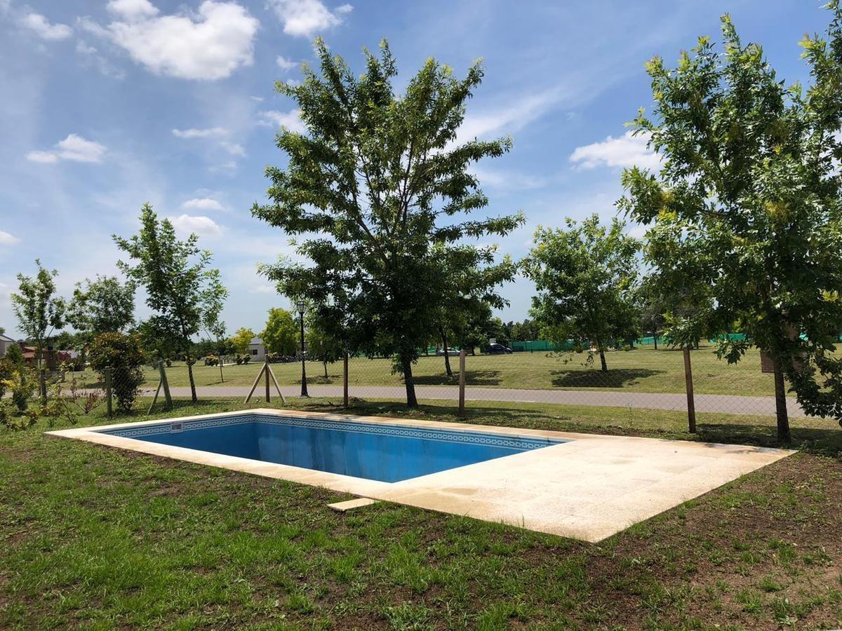 venta casa  4amb los jazmines pilar del este piscina solarium