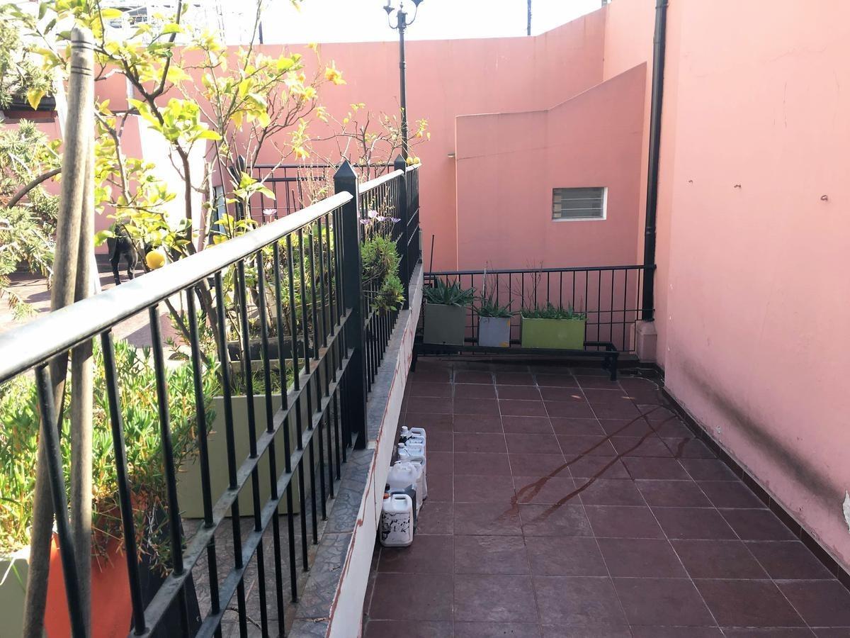 venta casa 5 amb c/ garage quincho parrilla gran terraza - villa gral.mitre