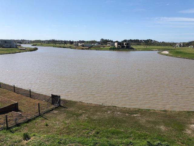 venta casa 5 ambientes acacias puertos del lago a estrenar