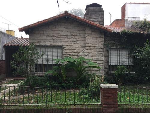 venta casa 5 ambientes, adrogue.