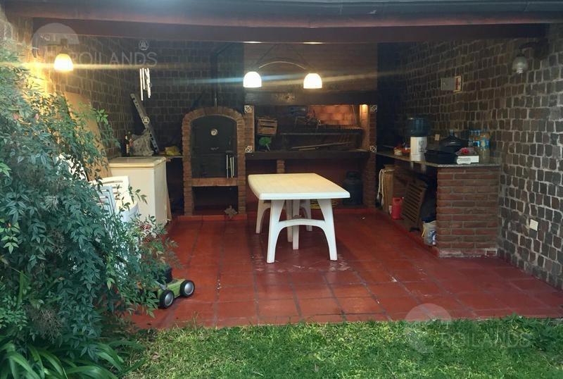 venta casa  5 ambientes con cochera para 2 vehículos en martínez / olivos