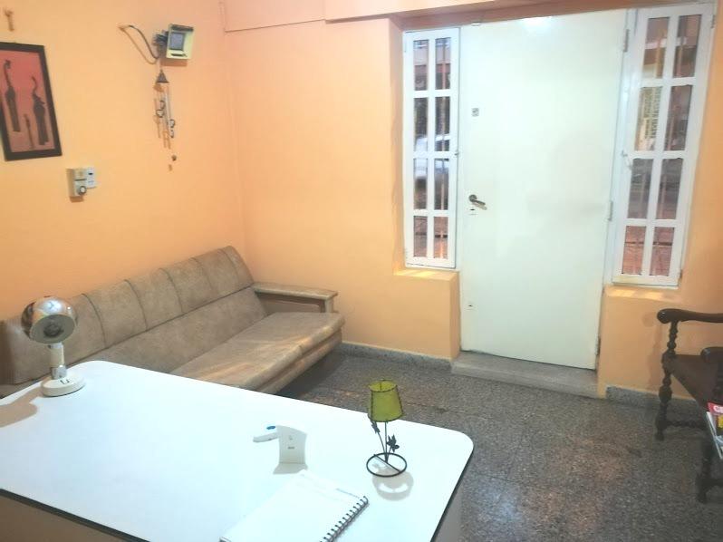 venta casa 5 ambientes con consultorios en merlo centro