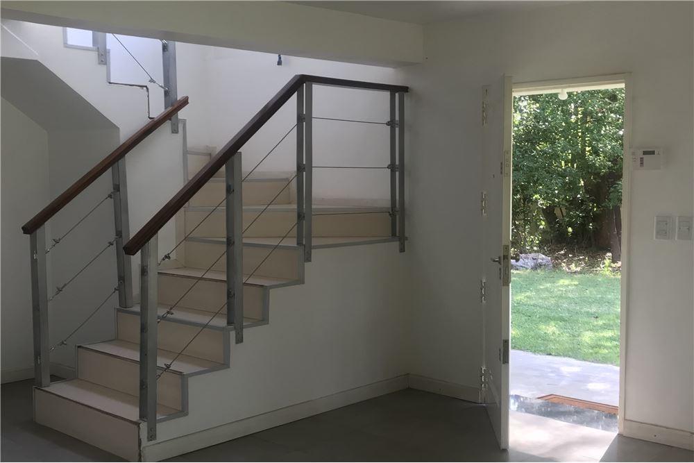 venta casa 5 ambientes con pileta - del viso