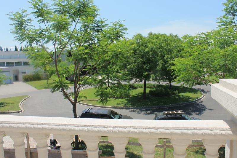 venta casa 5 dormitorios lagos del golf nordelta estilo frances con costa al agua
