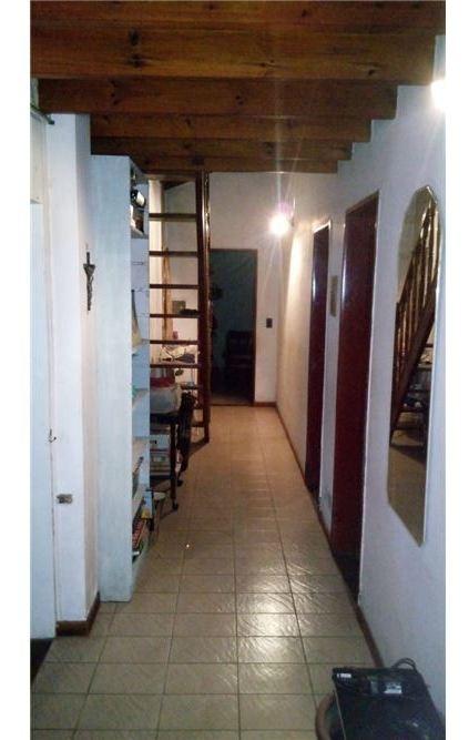 venta casa 6 amb c/coch, quincho,.gral rodriguez