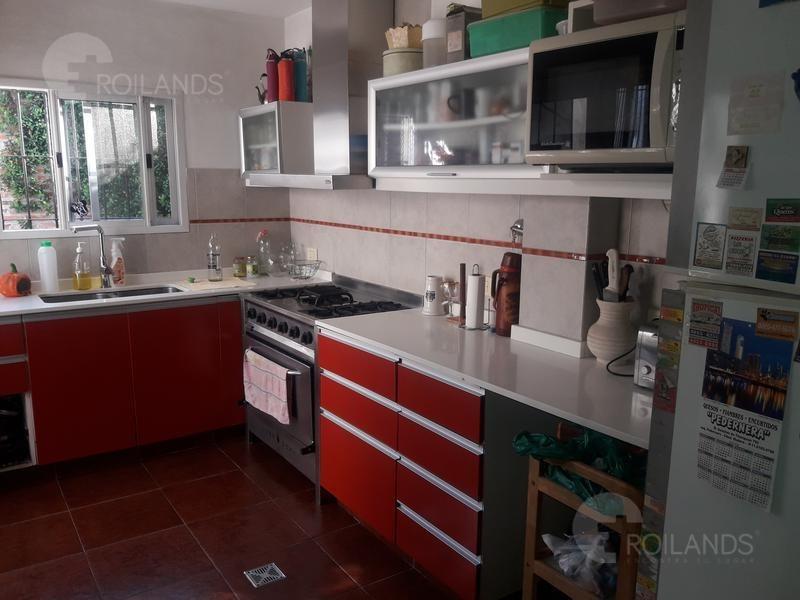 venta casa 6 ambientes 3 dormitorios 2 cocheras patio parrilla  ciudad madero la matanza