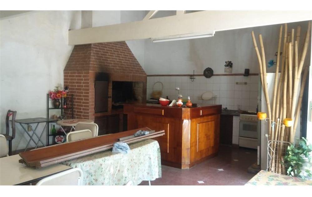 venta casa 6 ambientes banfield