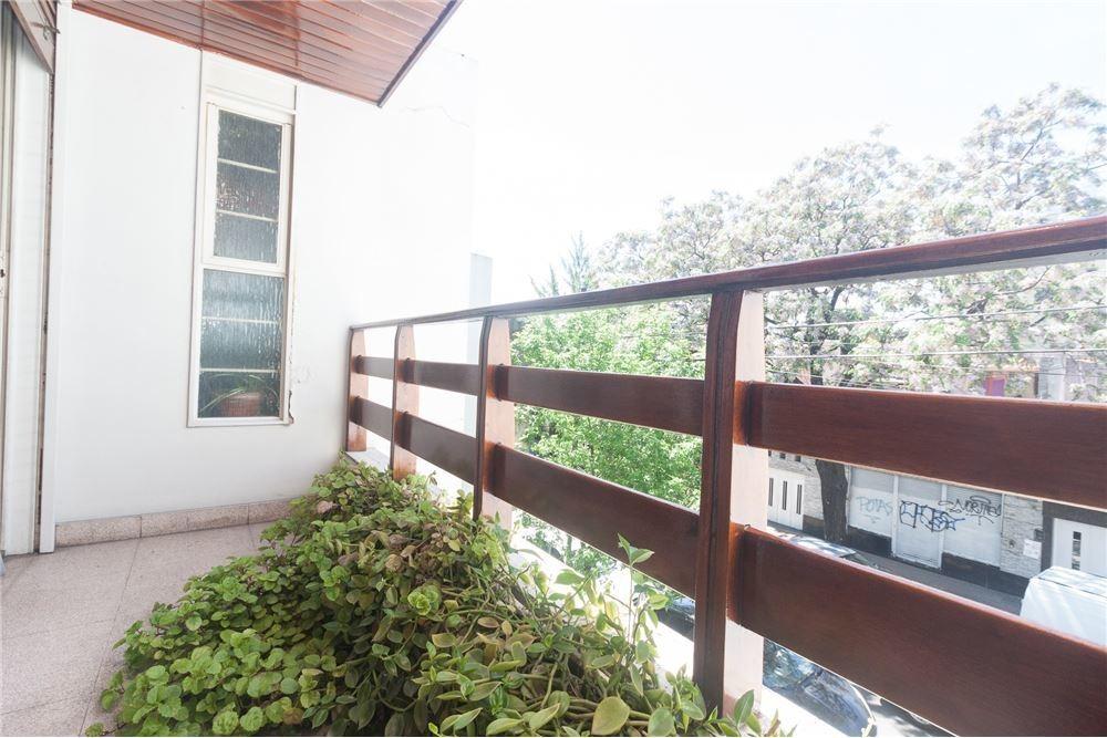 venta casa 6 ambientes cochera flores