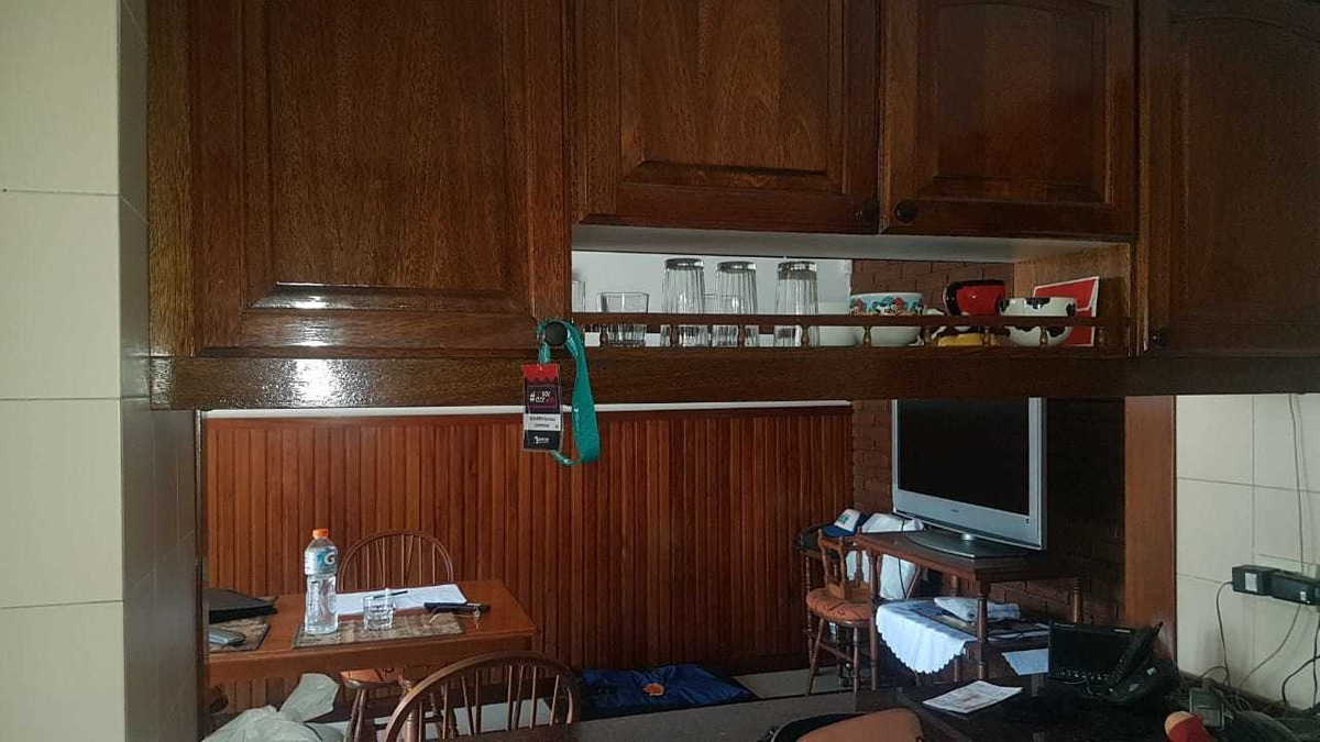 venta casa 6 ambientes.quincho. pileta.liniers