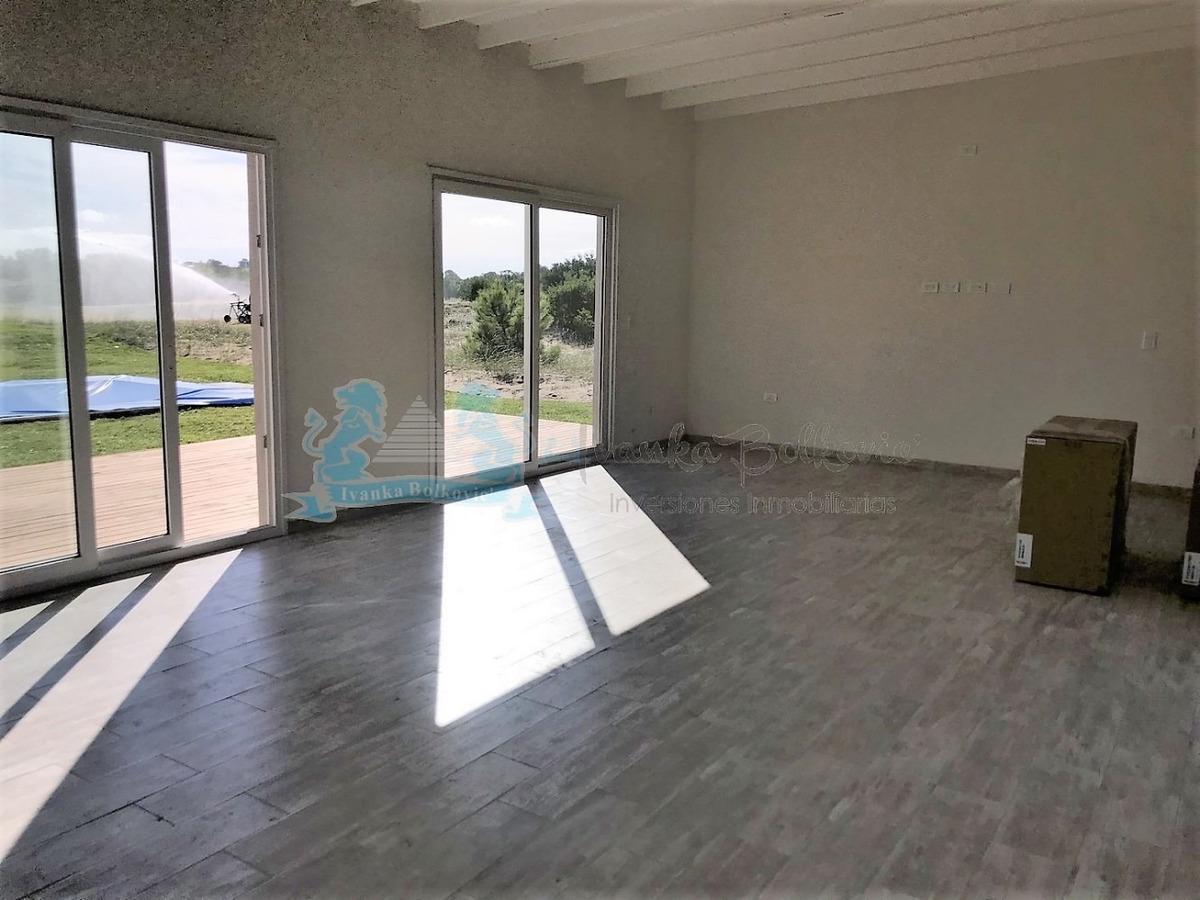 venta casa a estrenar costa esmeralda piscina 0084