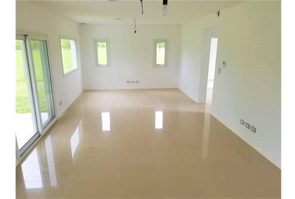 venta casa a  estrenar  greenville  4 ambientes.