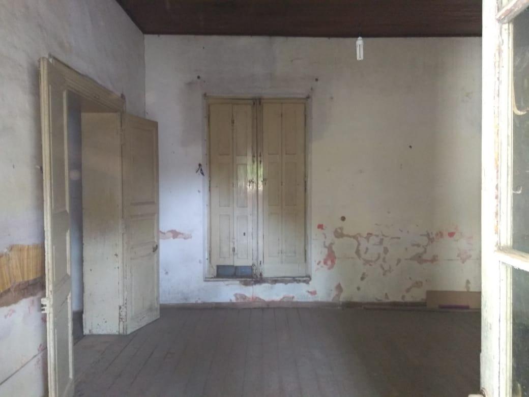 venta - casa a refaccionar - centro navarro