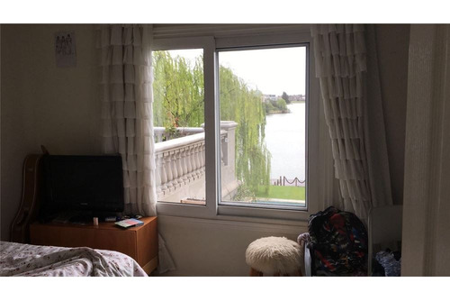 venta casa al lago central la isla nordelta