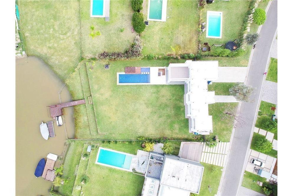 venta casa al rio san marco villanueva
