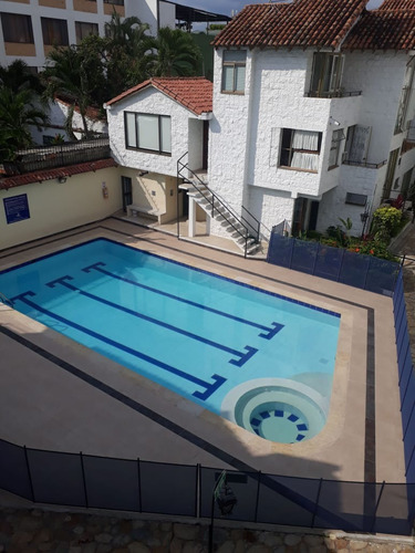 venta casa anapoima con piscina conjunto 12 casas