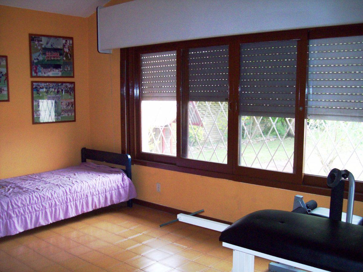 venta casa, atlántida sur, 5 dormitorios 2 baños ca165