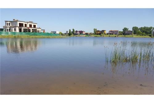 venta casa barrio san benito a la laguna