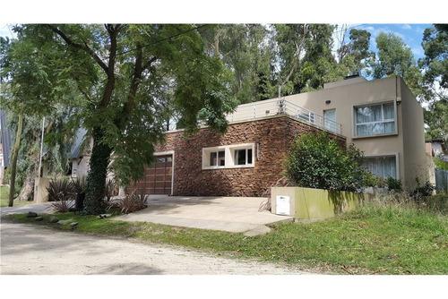 venta casa bosque peralta ramos, impecable!!!