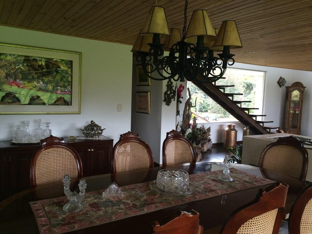 venta casa campestre en chia en lote de 3000m2