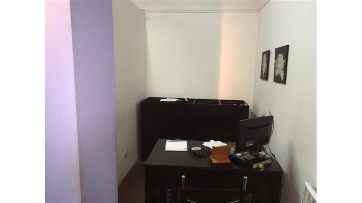 venta casa comercial a metros bv. oroño ideal profesionales