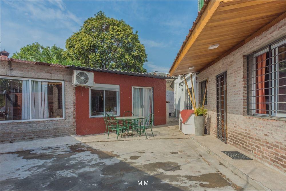 venta casa con barbacoa en jacinto vera