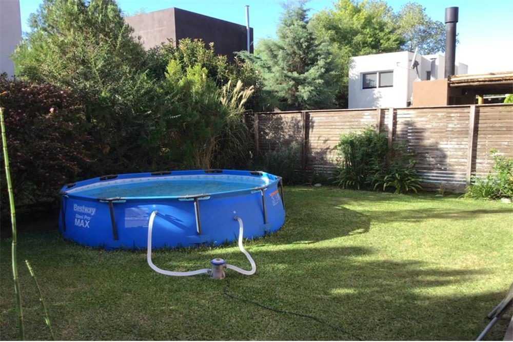 venta casa con jardin, california village pilar 4