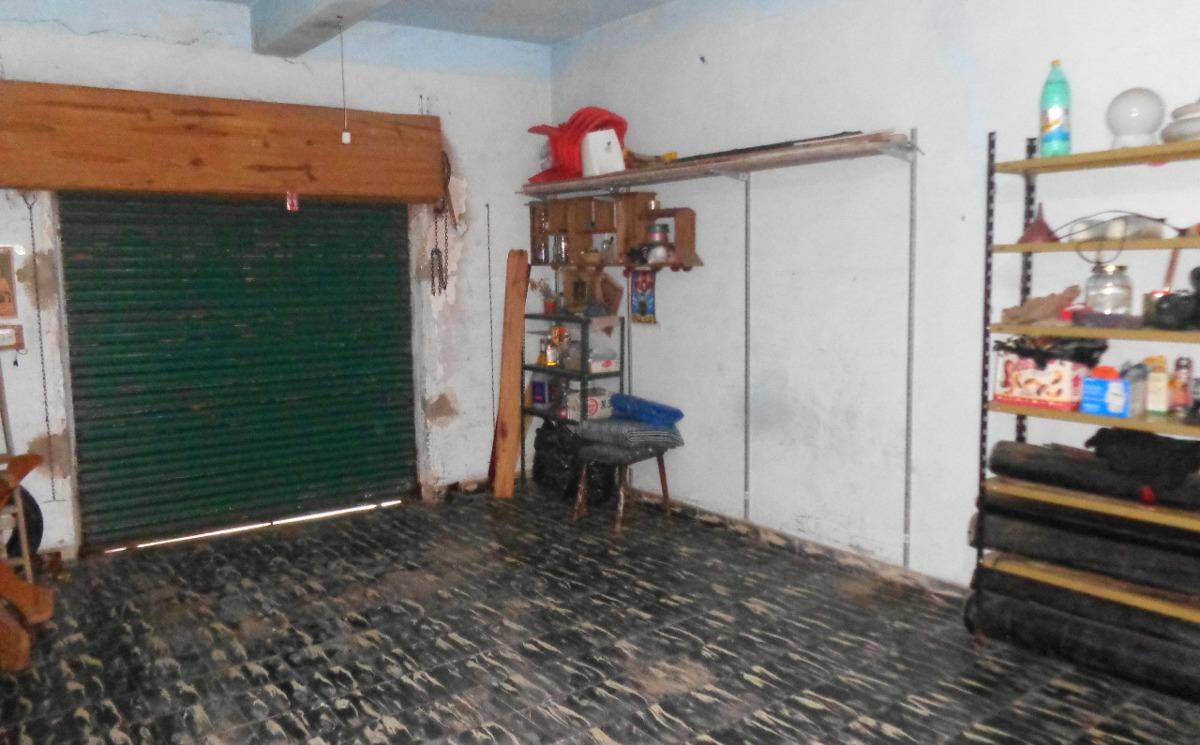 venta casa con local malvinas argentinas