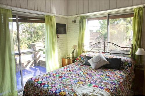 venta casa con pileta en loma verde country club