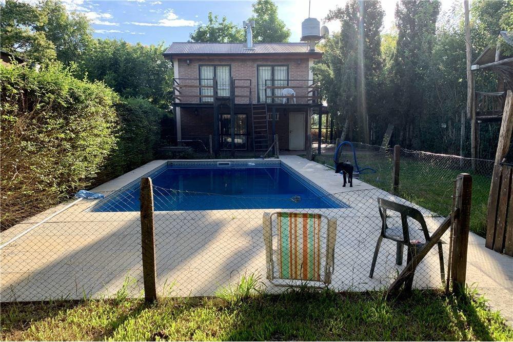 venta casa con pileta y gran parque - escobar