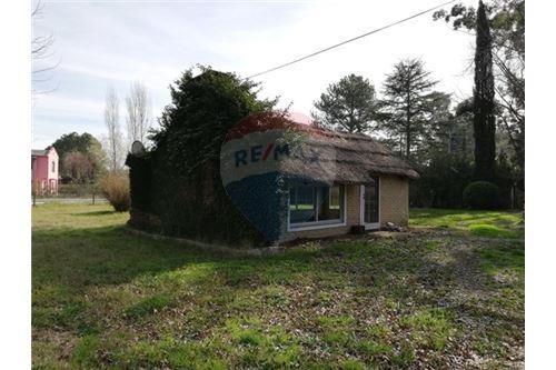 venta casa con quincho y piscina