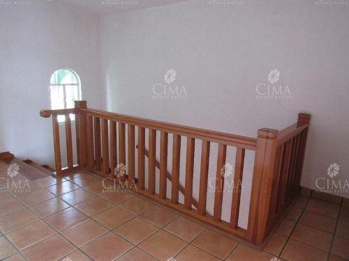 venta casa con recámaras planta baja - v110