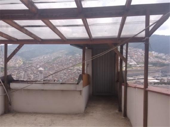venta casa con renta en avenida santander