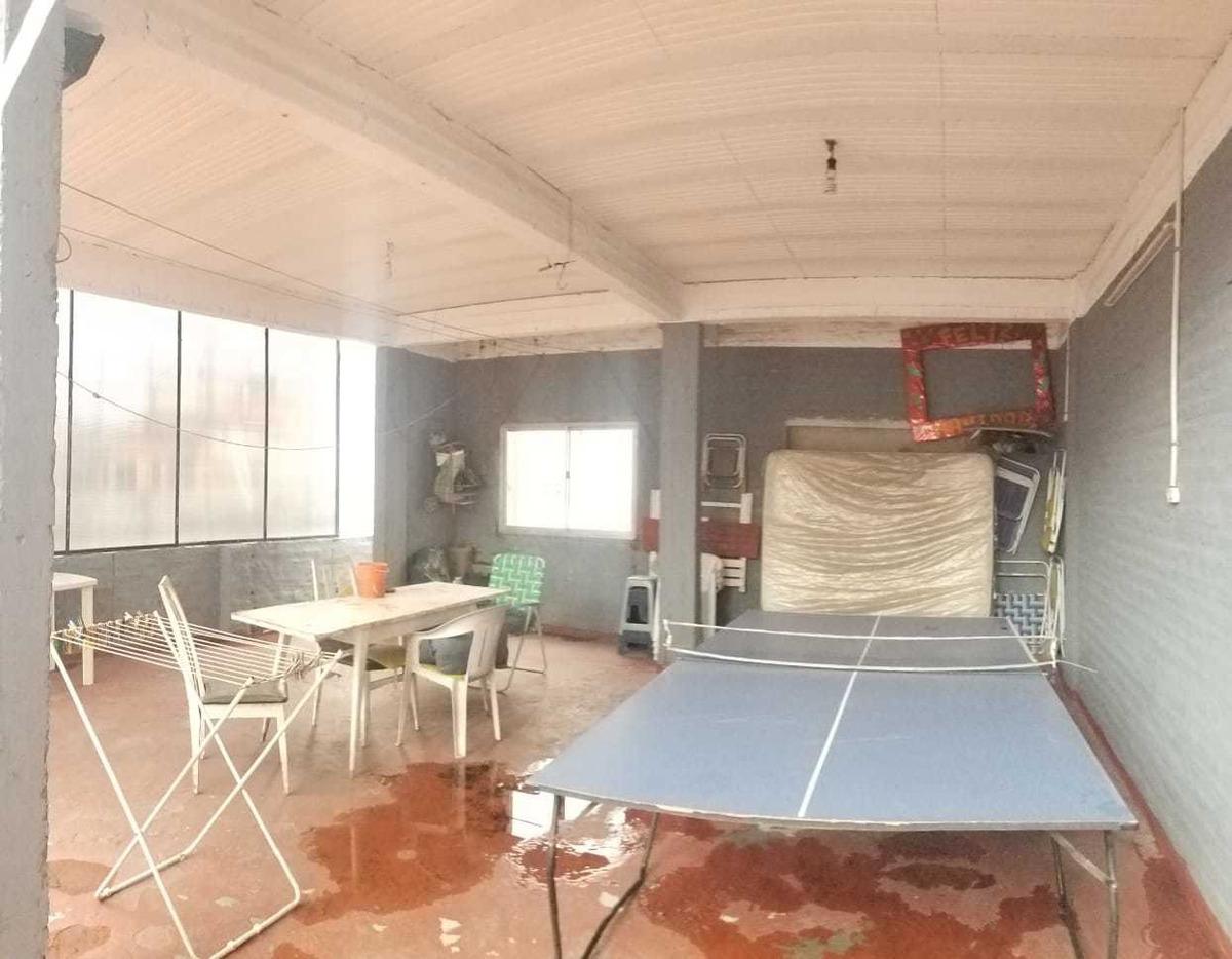 venta - casa con taller en villa celina. (v238)
