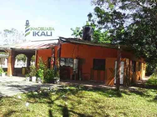 venta casa con terreno de 2750 m² frente al río tamiahua veracruz, se encuentra ubicada en la colonia milpas, cuenta con una casa de 180 m² y un enorme terreno de 2750 m² con una maravillosa vista al